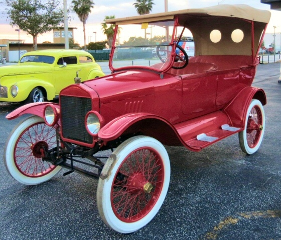 Photo of 1918 Ford model T Touring Car