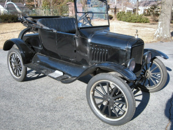 Photo of 1924 Model T Ford Roadster
