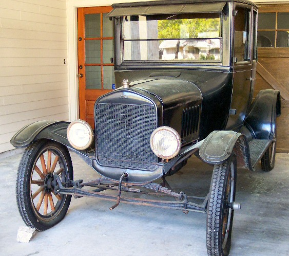 1924 Model T Coupe