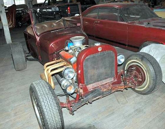 Photo of 1927 Ford T-Bucket Hot Rod