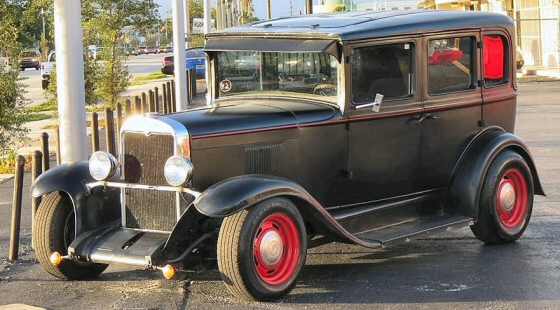 1929 chevrolet street rod 4 door for 1929 dodge 4 door