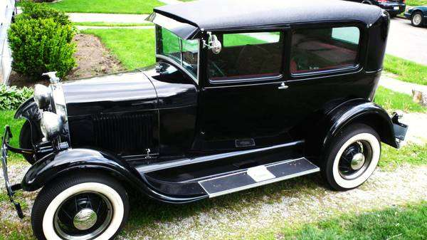 Photo of 1930 Ford 2 DR Sedan