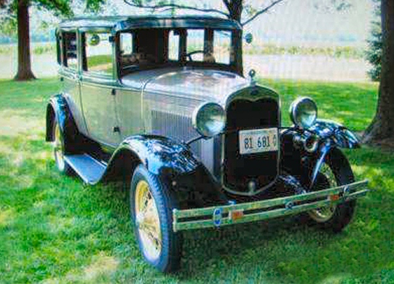 Photo of 1930 FORD 4 DR SEDAN FACTORY STOCK OLDER RESTORATION