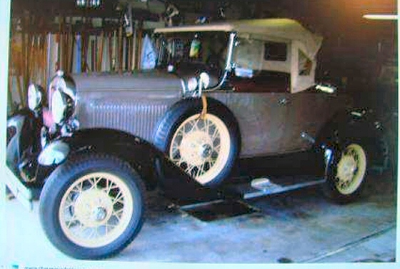 Photo of PROFESSIONALLY RESTORED 1931 FORD MODEL A ROADSTER