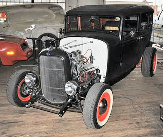 Photo of 1932 Ford 4 Door Sedan Hi Boy Hot Rod