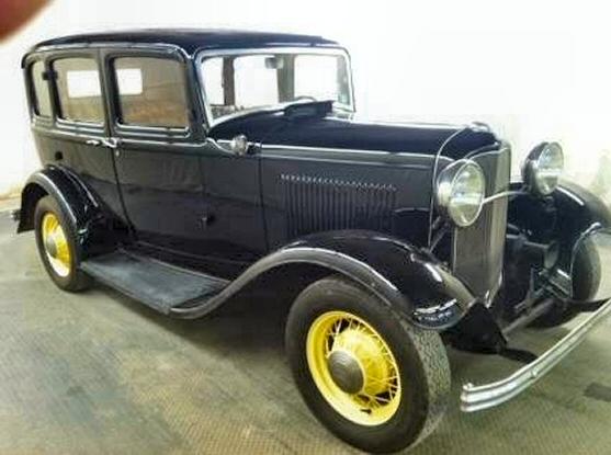 1932 ford 4 door sedan