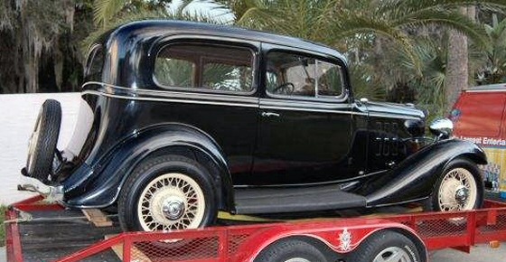 Photo of 1933 Chevy 2 DR Sedan With OHV Engine
