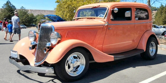 Photo of 1934 Ford Deluxe 2 DR Sedan  Street Rod With Steel Body
