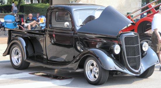 1935 Ford Pickup - Street Rod