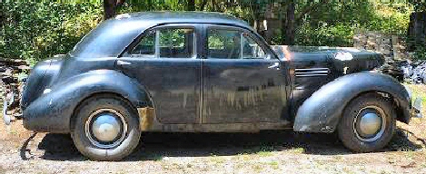 1941 Graham Hollywood Bustleback