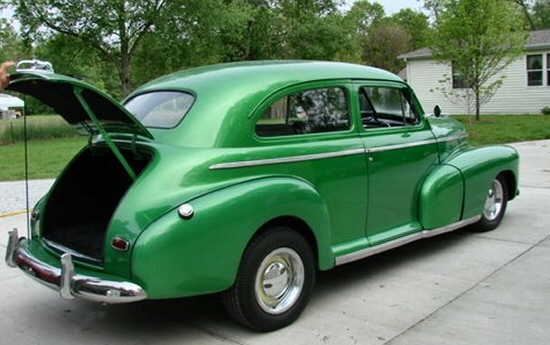 1946 chevy 2 door sedan street rod