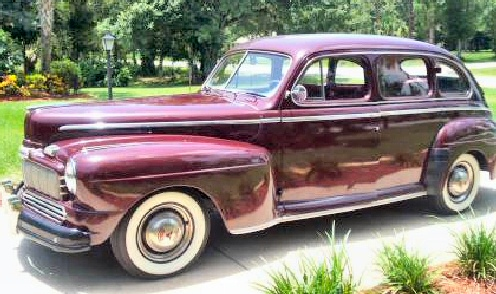 1946 Mercury 4DR Sedan