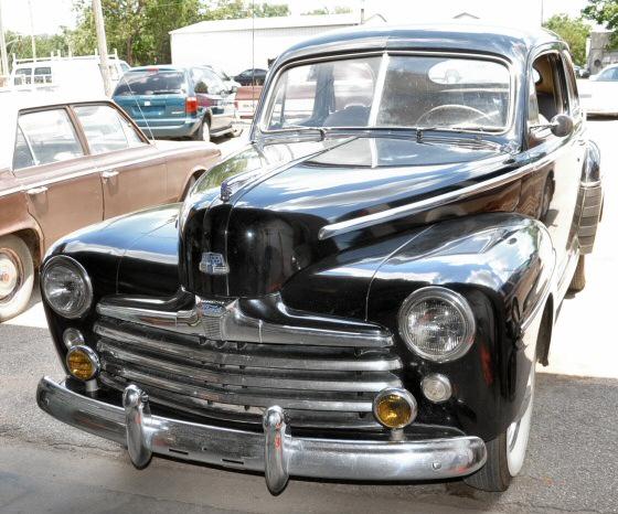 1948 deluxe 8 series ford 2 door sedan for 1948 ford 2 door sedan