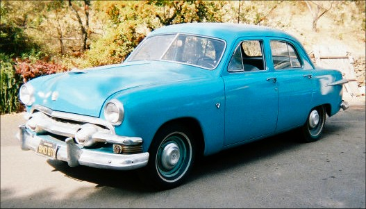 1951 Ford custom 4 door
