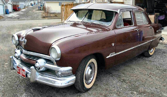 1951 Ford Custom 4 DR Sedan