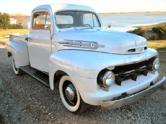 1952 Ford F-1 Pick-up
