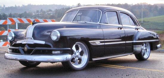 1952 Pontiac Street Rod