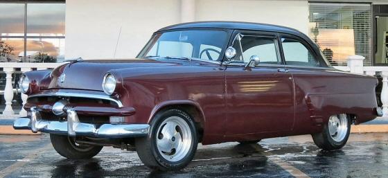 Photo of 1953 Ford 2 Door Sedan