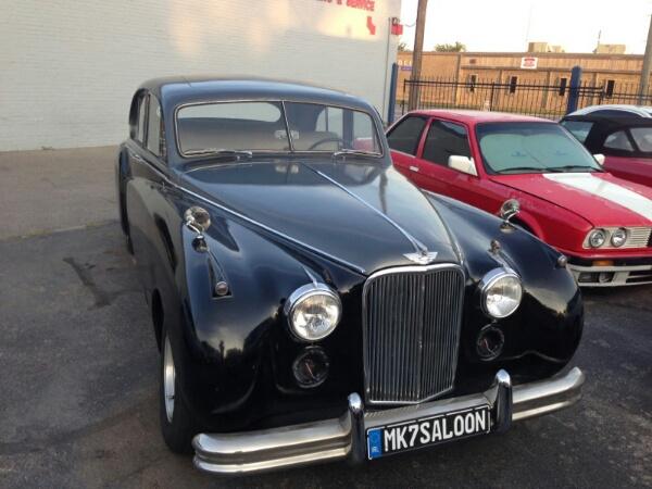 1954 Jaguar Mark VII Saloon Restomod