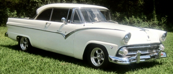 Photo of 1955 Ford Fairlane Victoria 2 DR Hardtop
