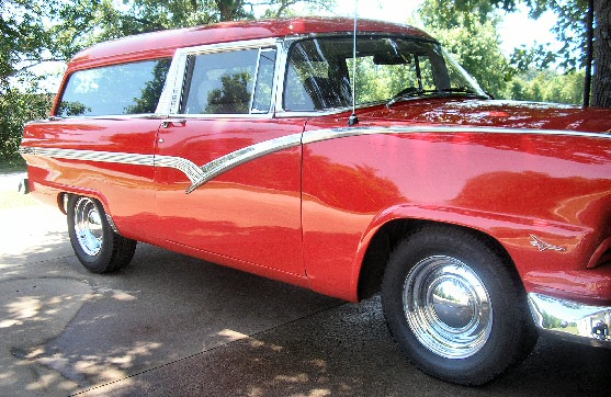 1956 Ford Parklane Stationwagon Street Rod