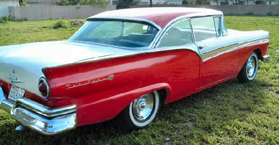 1957 Ford Fairlane 500 2 door