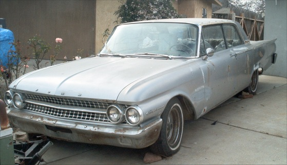 1961 Ford Galaxie 2dr