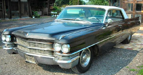 Cadillac:Model 62 4DR HT