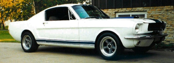 1965 Mustang fastback (Shelby Clone)