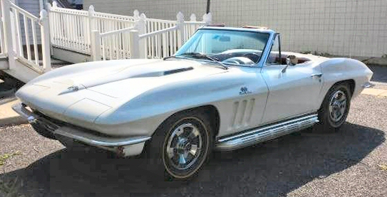 Photo of 1966 Chevrolet Corvette Roadster With 427 and 4 Speed