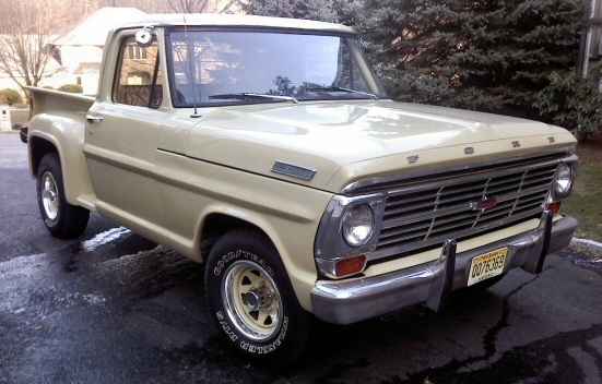 1967 Ford F100 Ranger Stepside Pickup