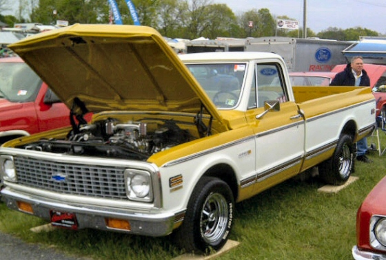 1972 Chevy Cheyenne 10 Long Bed Pick Up.