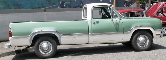 Photo of 1972 Dodge D200 3/4 Ton Pickup Truck