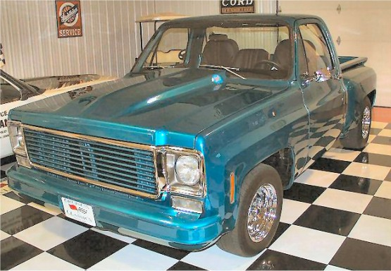 1975 Chevrolet C10 Stepside Pickup Truck