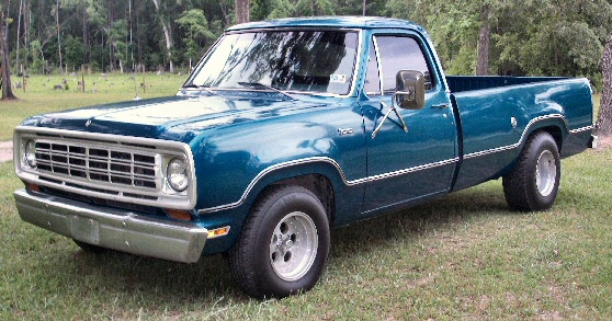 1975 Dodge D100 1/2 Ton Pickup Truck
