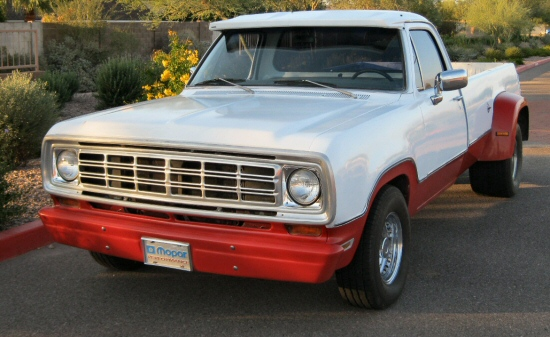 Photo of 1975 Dodge D-200 Pickup Truck
