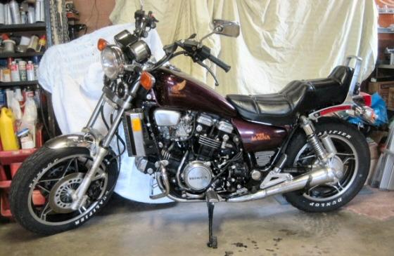 honda magna v-45 motorcycle
