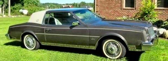 Photo of 1984 Buick Riveria