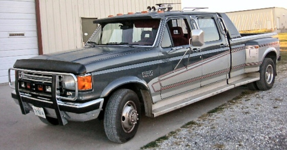 1988 FORD F-350 XLT CENTURION CREW CAB DUALLY PICKUP
