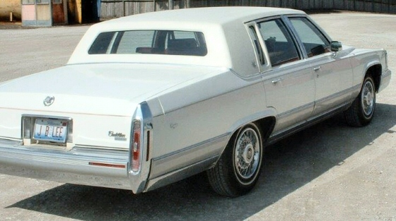 Photo of 1991 CADILLAC BROUGHAM 4DR Sedan With Low Miles