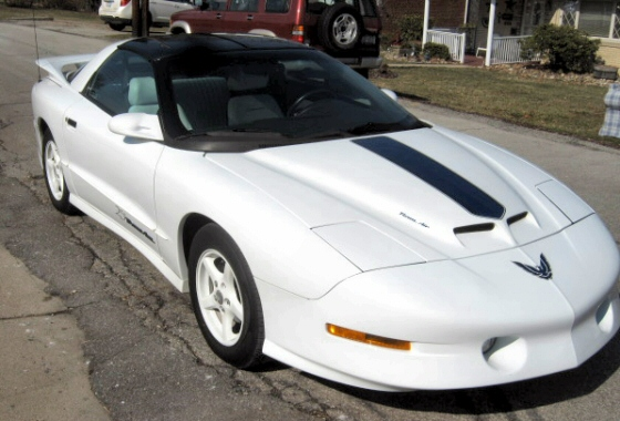 1994 25th anniversary pontiac trans am with t tops. Black Bedroom Furniture Sets. Home Design Ideas