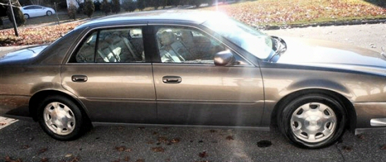 Photo of 2002 Cadillac Deville DTS 4 DR Sedan