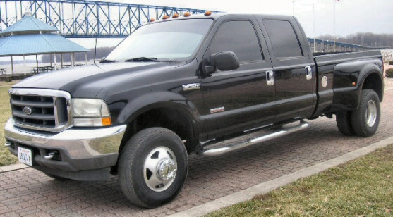 2002 Ford F-350 Lariat 4x4 Crew Cab Dually Pickup