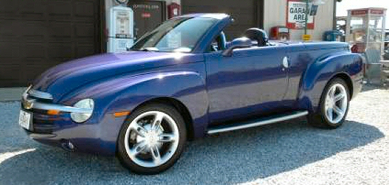 Photo of 2004 Chevrolet SSR Convertible Pickup