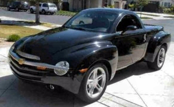 Picture of 2005 Chevy SSR