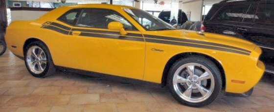 Photo of 2012 Dodge Challenger HEMI R/T Coupe With 