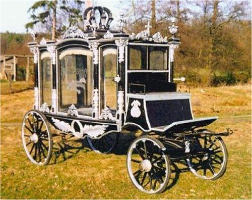 Funeral coach replica for Car carriage